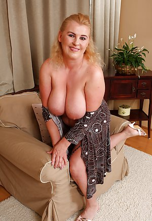 Free Big Tits Housewife Porn