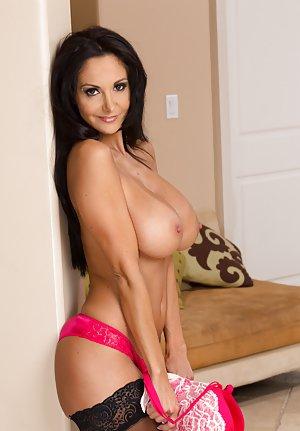 Free Big Tits in Panties Porn