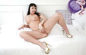 Free Big Tits Masturbating Porn