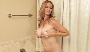 Free Big Tits in Bath Porn