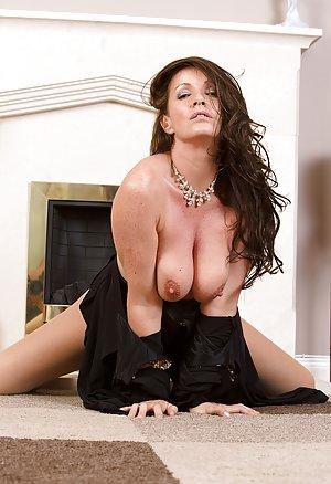 Free Big Tits in Pantyhose Porn
