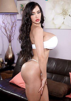 Free Big Tit Bikini Porn