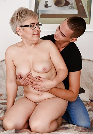 Free Mom and Boy Porn