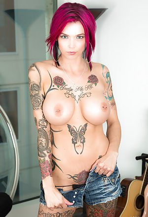 Free Emo Girl Porn