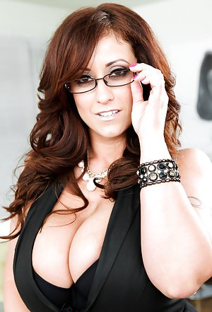 Free Big Tits Glasses Porn