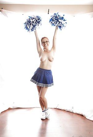 Free Cheerleader Porn